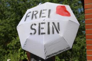FREI SEIN Schirme – Schutz unserer Grundrechte – Berlin wir kommen!